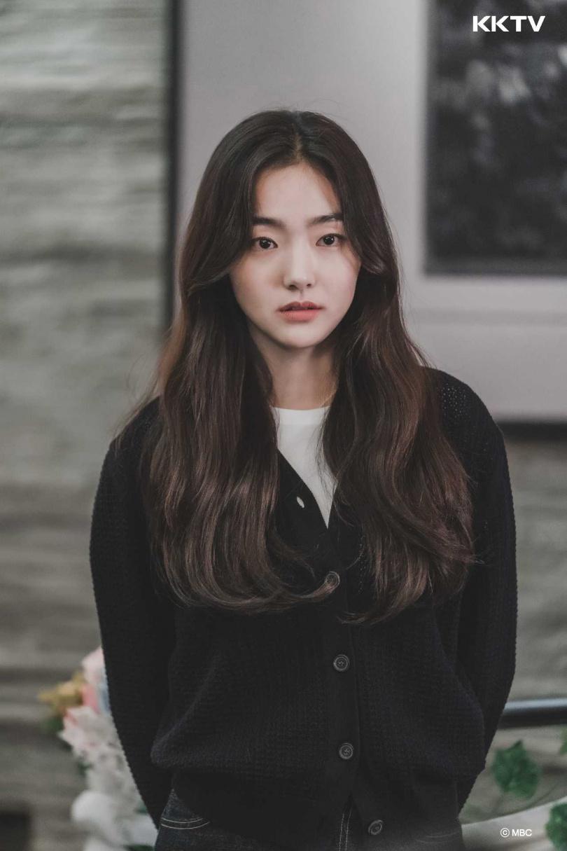 金慧峻在《屍戰朝鮮》飾演王妃,表現令人印象深刻。(圖/KKTV提供)