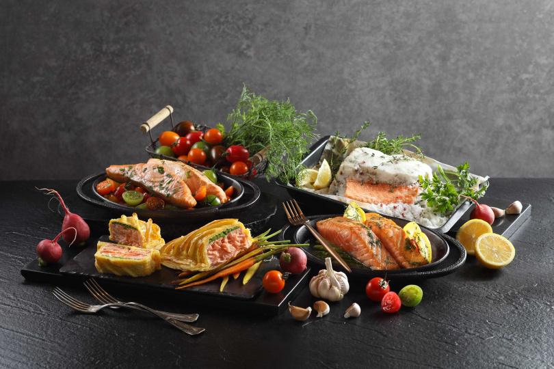 左起為蜂蜜檸檬烤鮭魚、香草酥皮鮭魚、蒔蘿香橙烤鮭魚、普羅旺斯鹽封鮭魚。(圖/50樓Café提供)