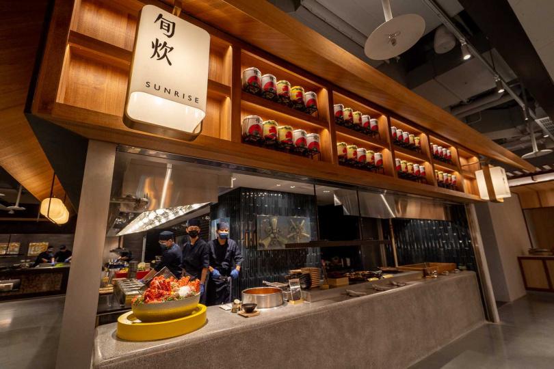 旬炊區是以傳統日式烹調方式,運用釜飯、土瓶蒸或茶碗蒸,蒸煮醞釀季節特色美味。(圖/饗賓餐旅集團提供)