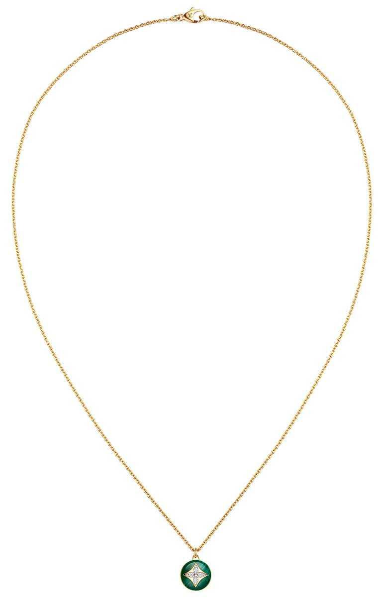 LOUIS VUITTON「B Blossom」系列,黃金孔雀石鑽石項鍊╱154,000元。(圖╱LOUIS VUITTON提供)