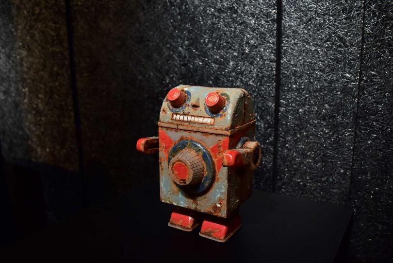 金庫機器人。