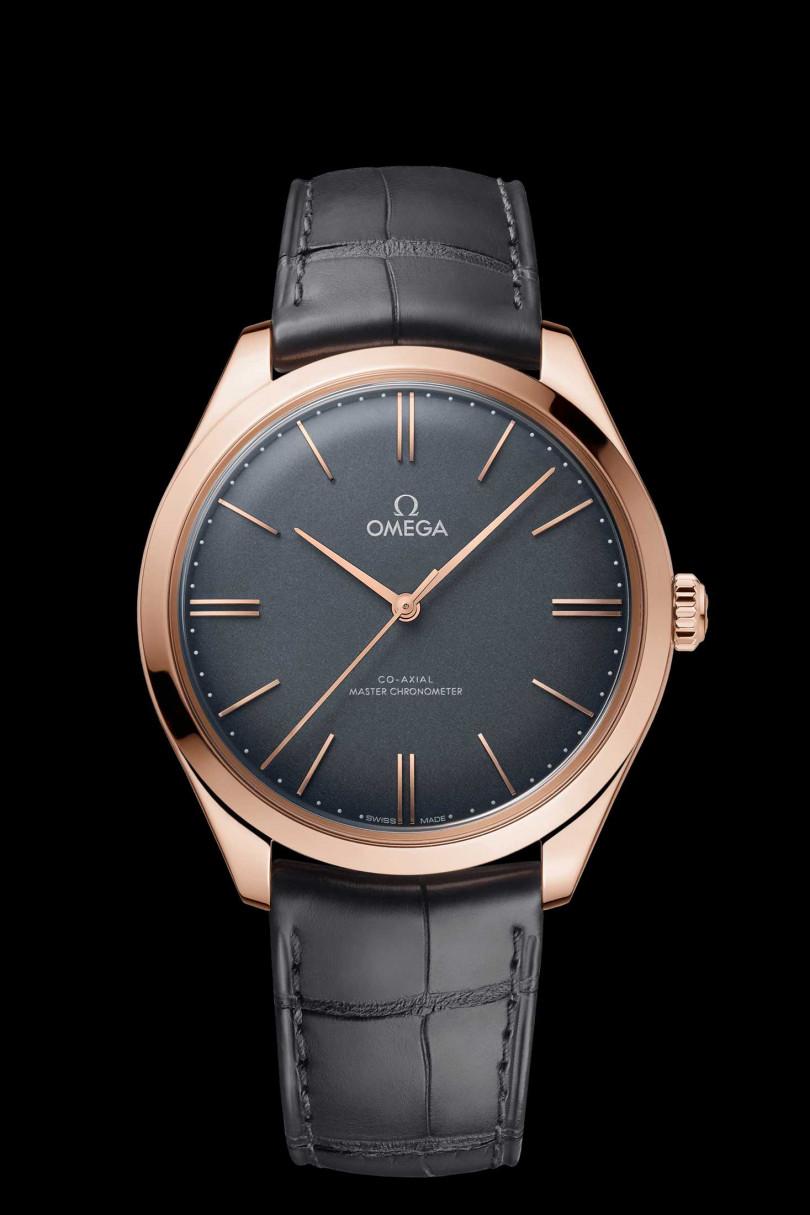 OMEGA「De Ville TRÉSOR碟飛系列」同軸擒縱大師天文台腕錶,18K Sedna金錶殼╱515,800元(圖╱OMEGA提供)