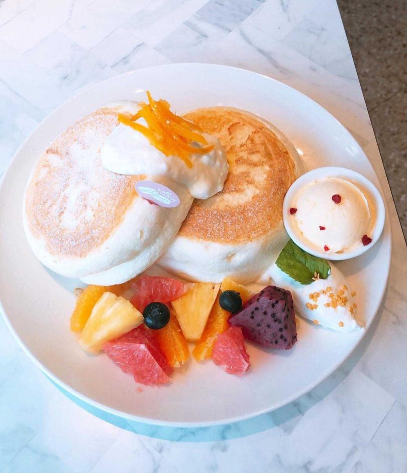 甜橙乳酪鬆餅。(圖/Café del SOL提供)