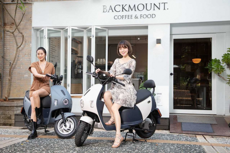 EZ1針對近千位的女性進行試乘回饋,規劃出最適合台灣女性身型的車