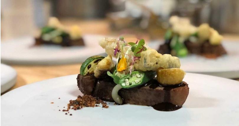 Forchetta餐廳慣以當令食材呈現無菜單料理。(圖/擷取自Forchetta粉絲頁)