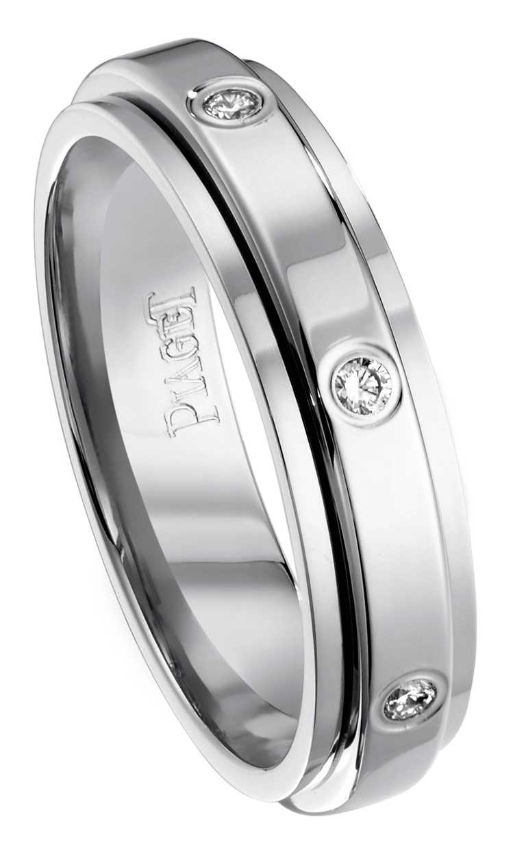 PIAGET「Possession」系列18K白金鑽石戒指╱82,000元。(圖╱PIAGET提供)