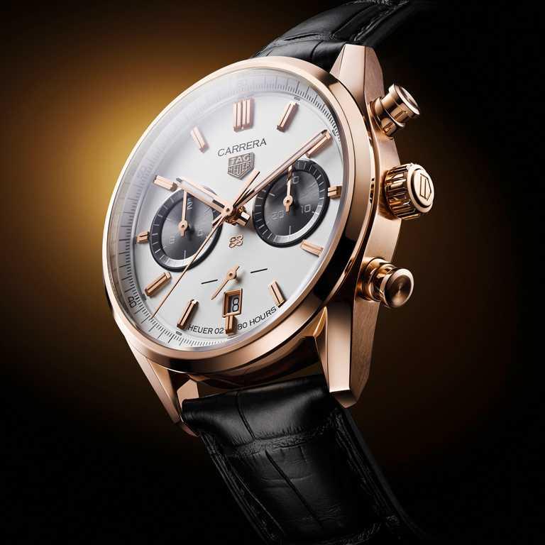 TAG HEUER「Carrera」系列,傑克‧豪雅生日紀念計時金錶╱605,700元。(圖╱TAG HEUER提供)