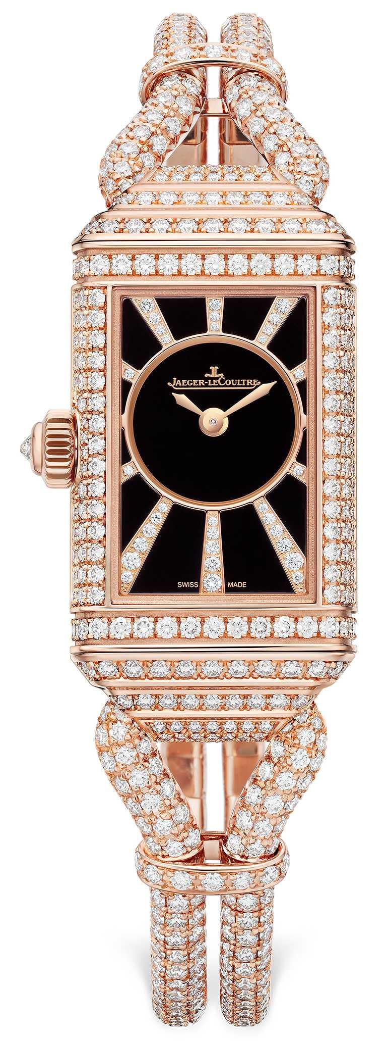 JAEGER-LECOULTRE「Reverso One Cordonnet Jewellery」翻轉系列珠寶腕錶,其所搭載844型手動上鏈機械機芯,能夠同時驅動正、反兩面錶盤上的指針往相反方向轉動。(圖╱JAEGER-LECOULTRE提供)