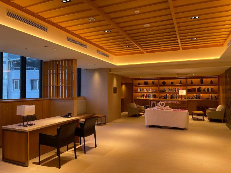 3樓大廳也採和風裝潢。(圖/格拉斯麗台北酒店提供)