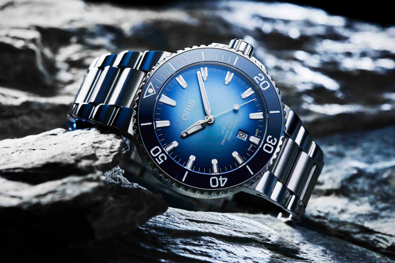 ORIS「貝加爾湖」限定款腕錶,限量1,999只╱瑞士法郎2,200元(圖片提供╱ORIS)
