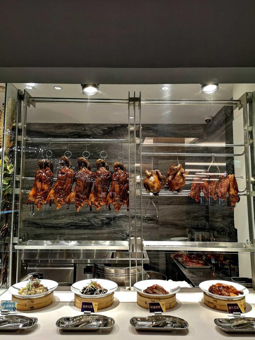 肉品種類選擇多樣,顧客也能吃得過癮!