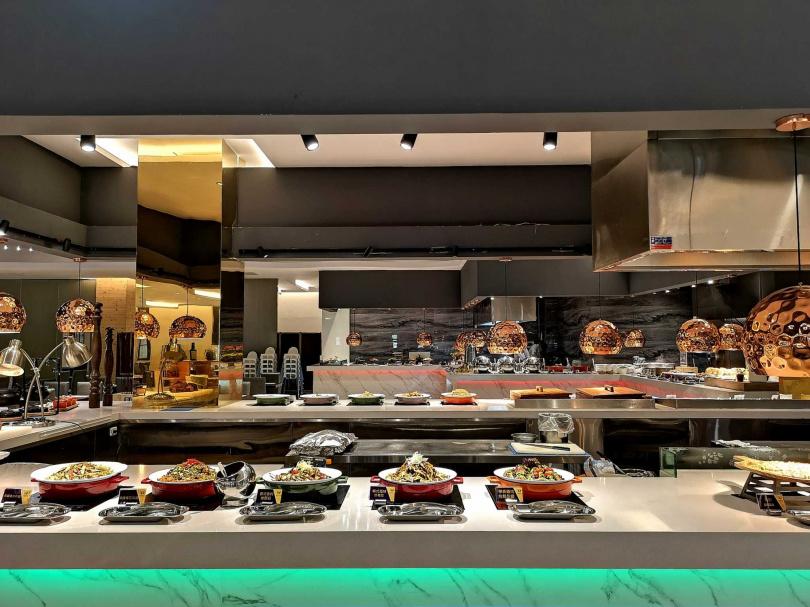 天賜百匯自助餐以提供多元豐富的菜色內容為主。