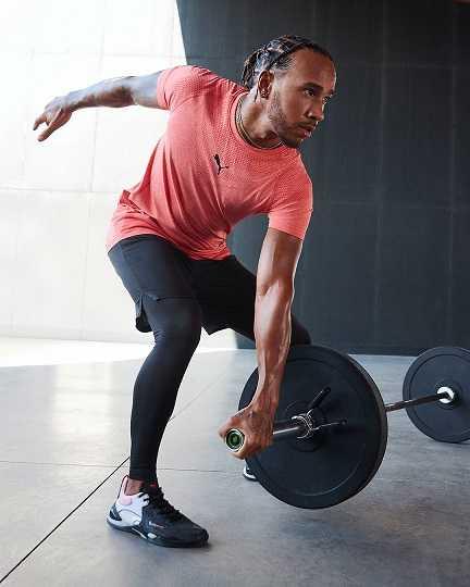 PUMA訓練系列Tech Evoknit短袖T恤、訓練系列Drirelease8吋短褲、訓練系列Seamless緊身褲、FUSE。