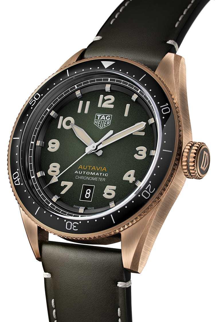 TAG Heuer「Autavia」青銅綠面自動腕錶╱126,200元。(圖╱TAG Heuer提供)