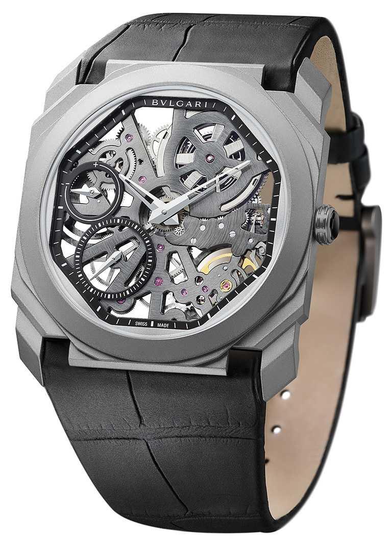 BVLGARI「Octo Finissimo Skeleton」超薄鏤空腕錶╱700,000元。(圖╱BVLGARI提供)