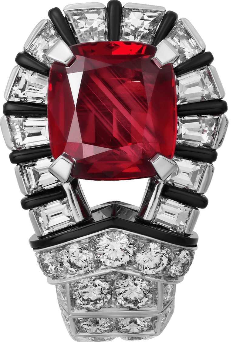 Cartier「RED BOUCLE」系列,紅色搭扣紅寶石耳環╱17,100,000元。(圖╱Cartier提供)