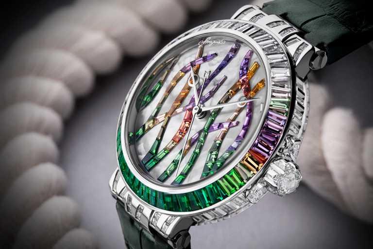 BREGUET「Marine Haute Joaillerie 9509 Poseidonia」航海系列高級珠寶腕錶,綠寶石款,35.8mm╱8,917,000元。(圖╱BREGUET提供)