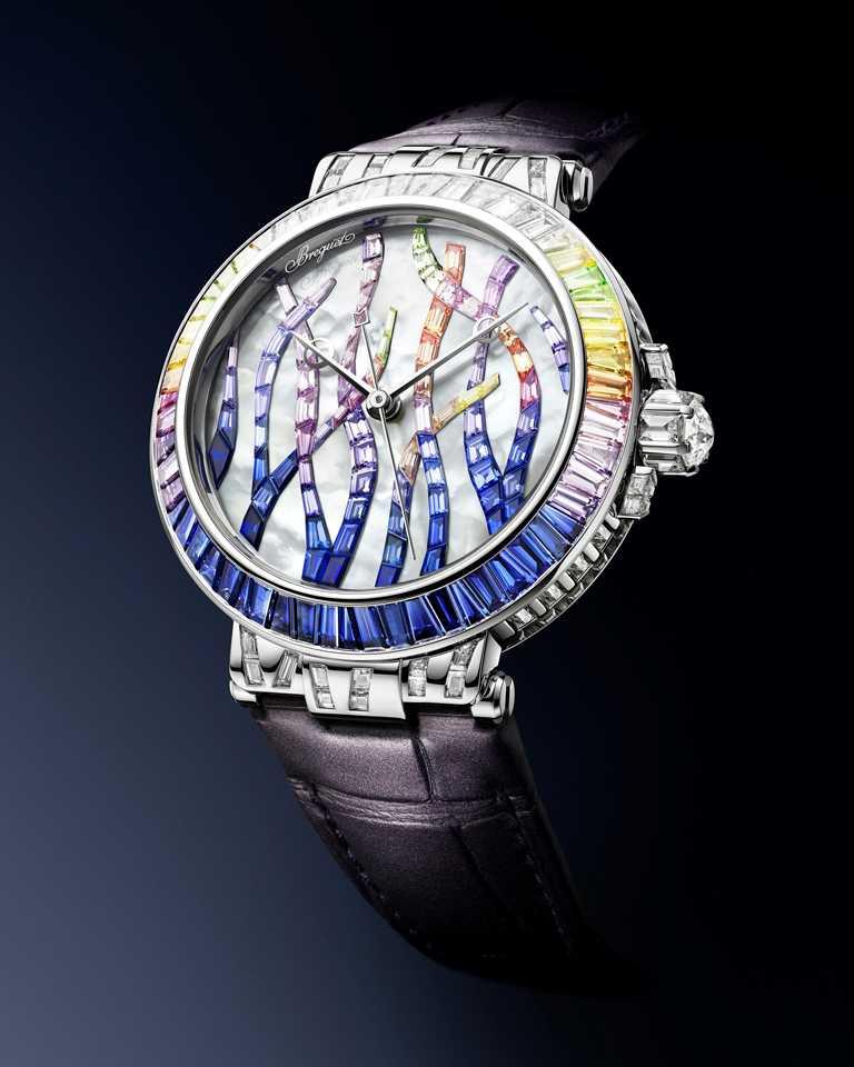 BREGUET「Marine Haute Joaillerie 9509 Poseidonia」航海系列高級珠寶腕錶,藍寶石款,35.8mm╱8,257,000元。(圖╱BREGUET提供)