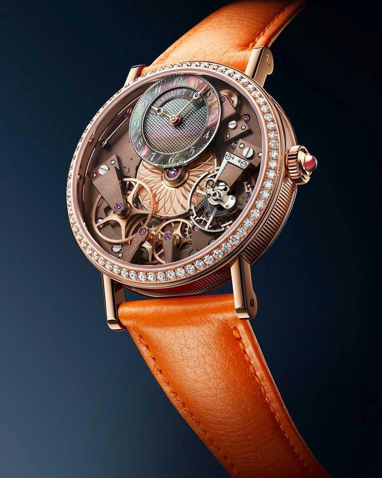 BREGUET「Tradition 7038」傳世系列女士腕錶╱18K玫瑰金錶殼,37mm╱7,761,000元。(圖╱BREGUET提供)