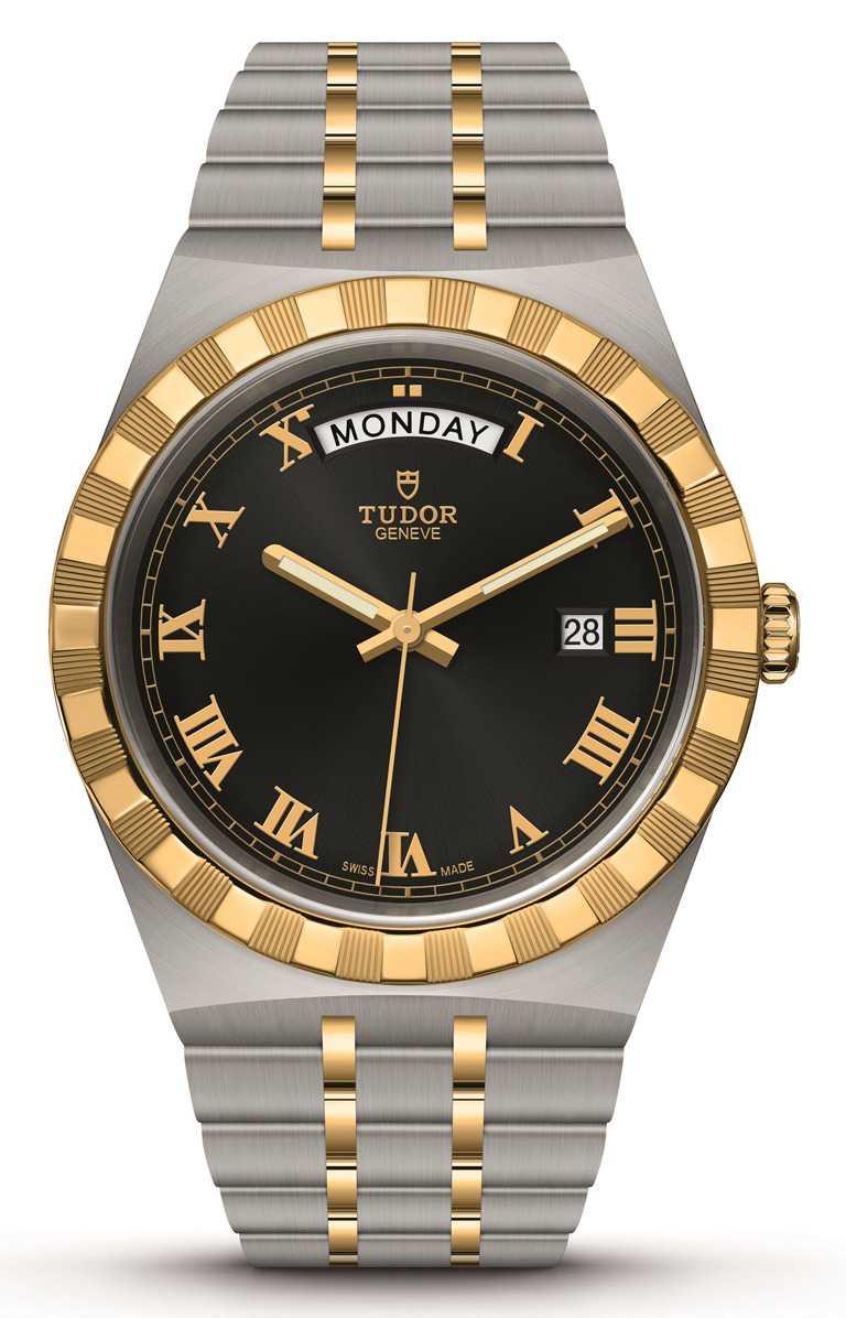 TUDOR「Royal皇家系列」腕錶╱316L不鏽鋼錶殼,黃金鋼錶帶,黑色錶面,41mm╱107,000元。(圖╱TUDOR提供)