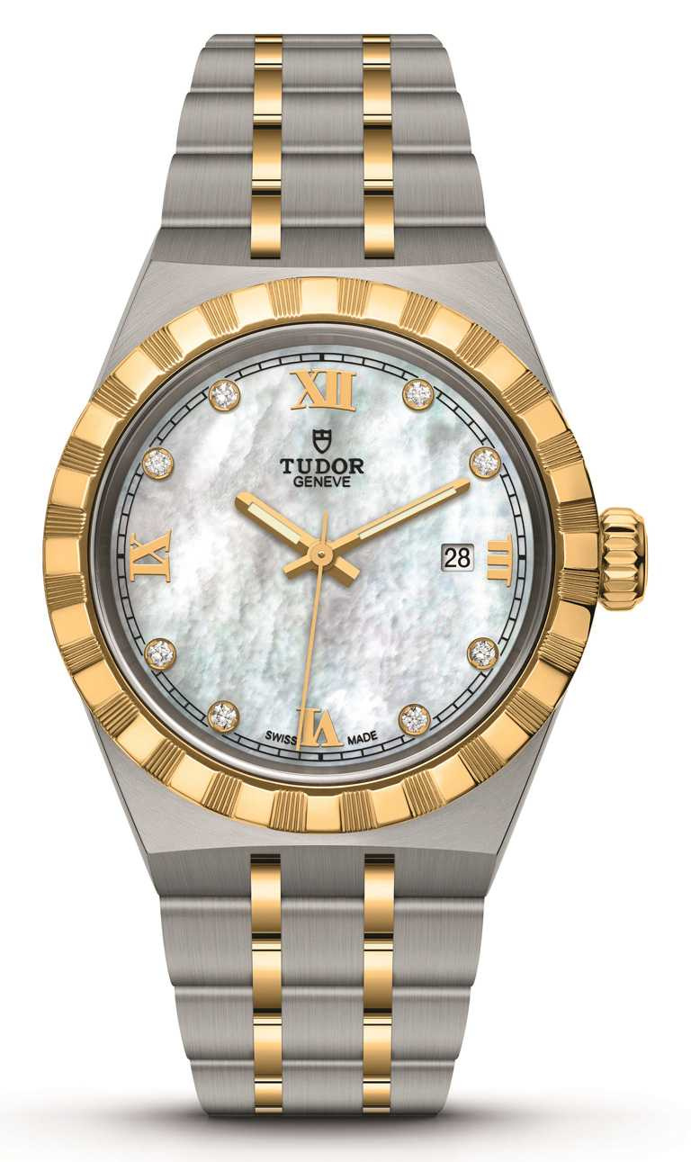 TUDOR「Royal皇家系列」腕錶╱白色珍珠母錶面,鑲鑽款,黃金鋼錶帶,28mm╱125,000元。