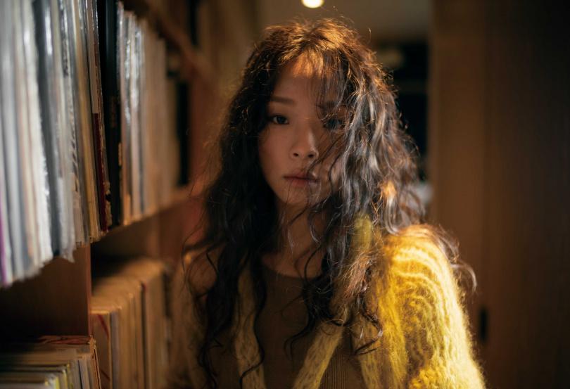 余佩真以首張專輯《真真》中的〈昏你〉獲得本屆金曲最佳作曲人獎。(圖/簡單生活節提供)