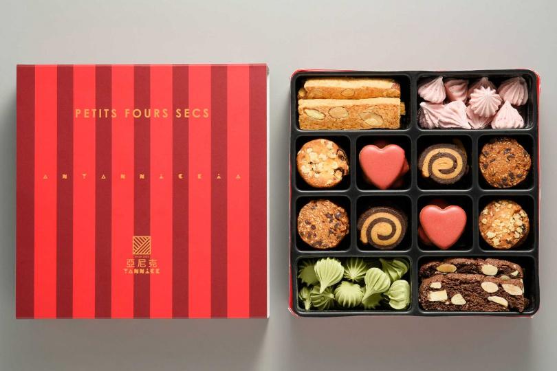 一口餅乾綜合鐵盒禮盒。(圖/亞尼克提供)