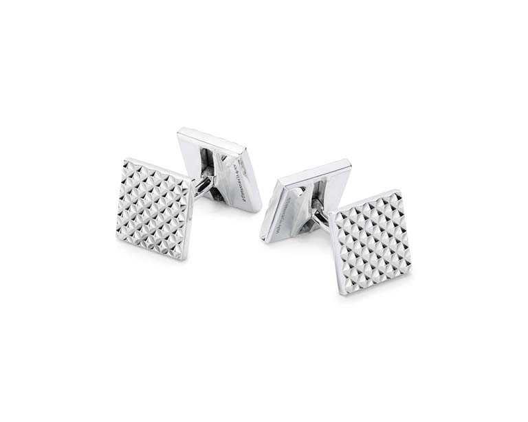 TIFFANY & CO.「Diamond Point系列」純銀袖扣╱14,000元(圖╱TIFFANY & CO.提供)