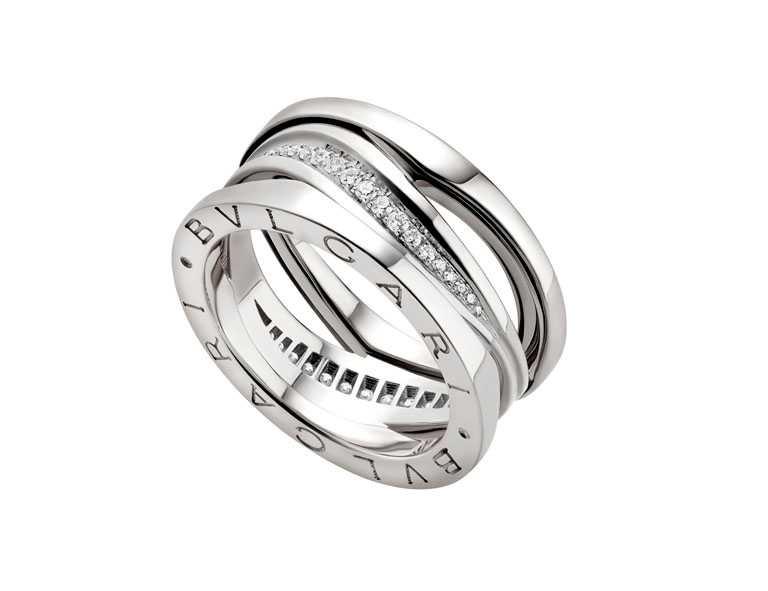 BVLGARI「B.zero1 Design Legend設計傳奇系列鑲鑽三環戒指╱141,000元(圖╱BVLGARI提供)