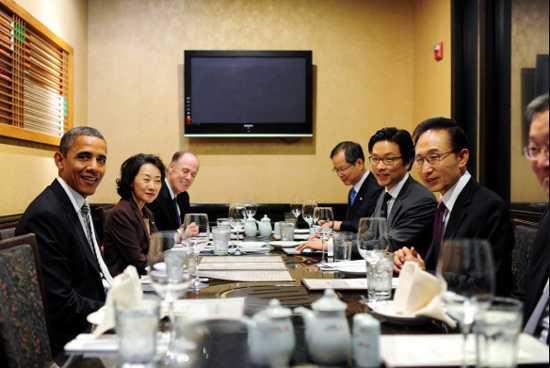 金日範過去擔任韓國多任總統的翻譯,還曾接待美國前總統歐巴馬。