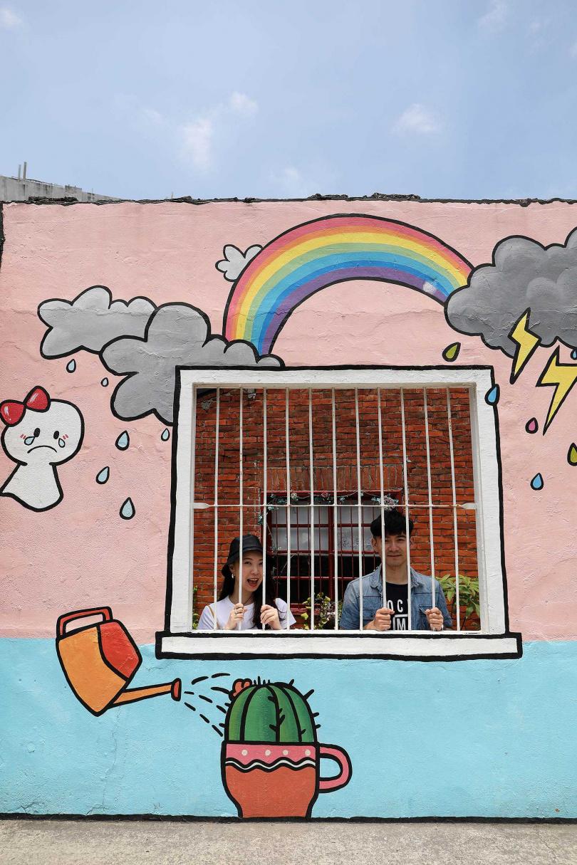 逗趣的塗鴉牆面,讓人少女心噴發。(圖/于魯光攝)
