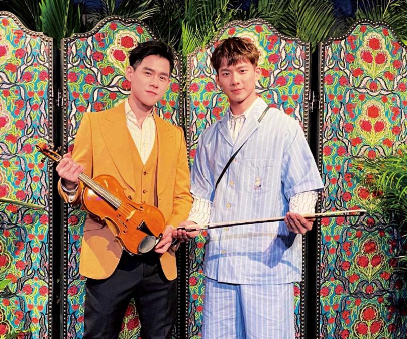 拍攝《違反校規的跳投》後,李齊與吳念軒成了好朋友。(圖/翻攝自李齊臉書)