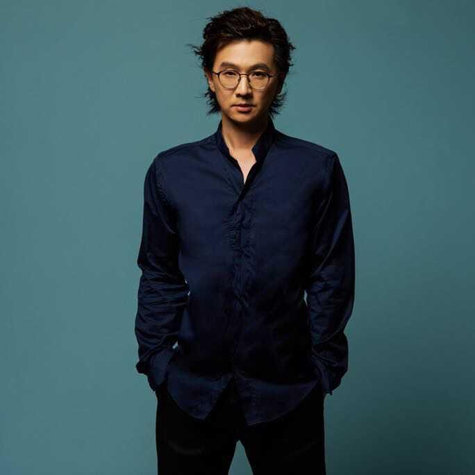 (林隆璇持續為熱愛的音樂進行新的嘗試,這次與Fansi 獨家合作將經典金曲「為愛往前飛」的母帶以NFT形式提供歌迷限量收藏。林隆璇提供)