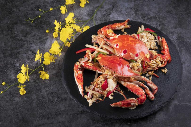 濃濃台式風情的「台式洋蔥桂花蟹」