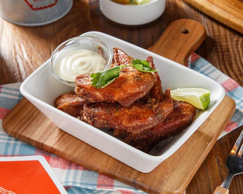 紐奧良雞翅,264元。