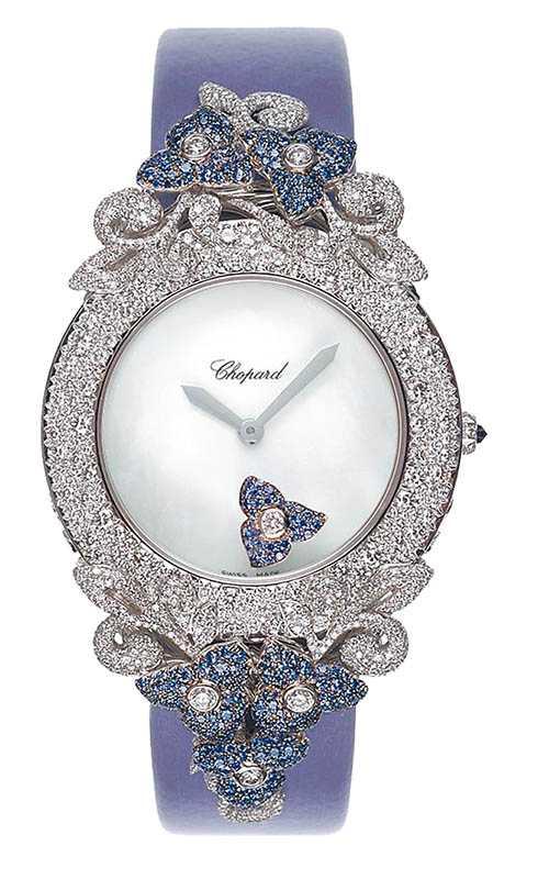 頂級珠寶系列腕錶,鑲嵌藍寶石1.19克拉,定價:8,409,000元。(圖/Chopard提供)