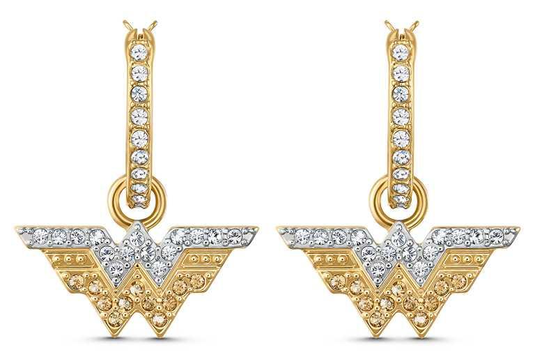 SWAROVSKI「Fit Wonder Woman」水晶穿孔耳環╱3,990元。(圖╱SWAROVSKI提供)