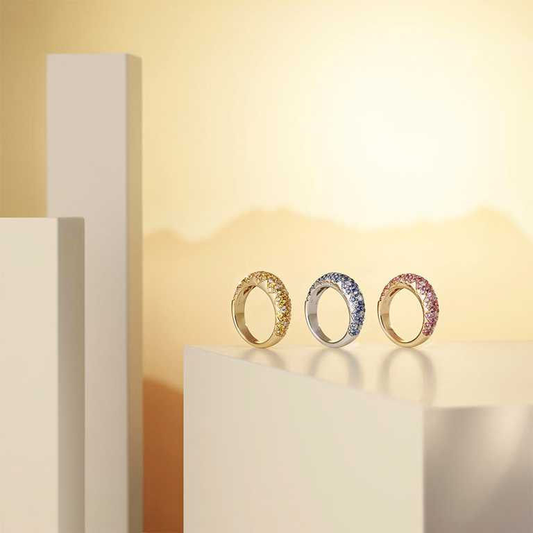 PIAGET「Sunlight」系列全新彩色寶石戒指,(左)18K黃金黃色藍寶石及鑽石戒指╱317,000元;(中)18K白金藍寶石及鑽石戒指╱343,000元;(右)18K玫瑰金粉紅藍寶石及鑽石戒指╱328,000元。(圖╱PIAGET提供)
