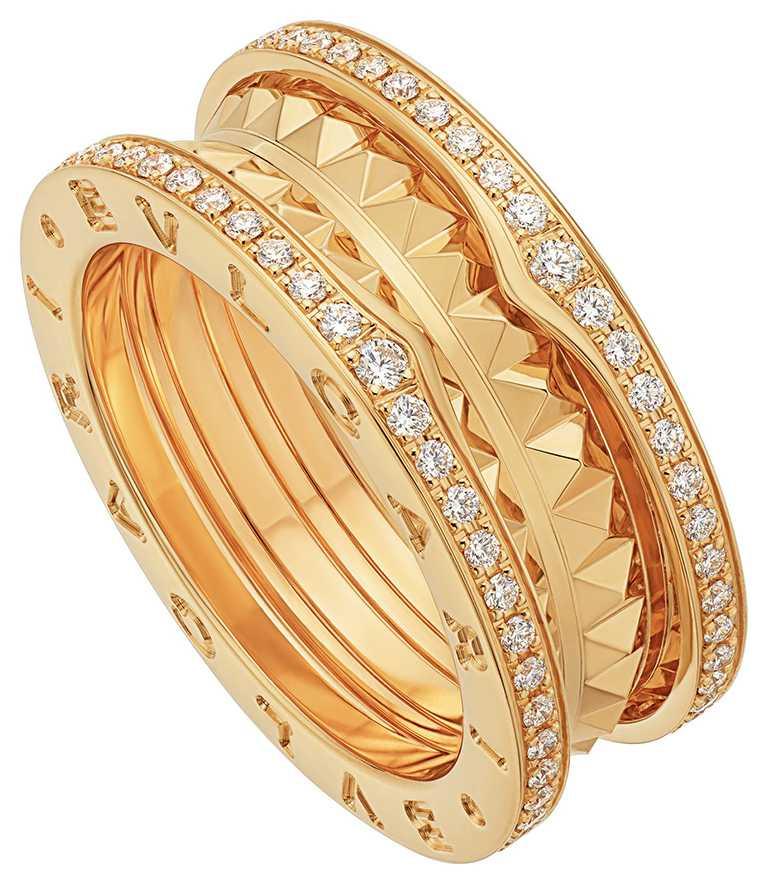 BVLGARI「B.zero1」系列,玫瑰金黑陶瓷雙環戒指╱48,700元。(圖╱BVLGARI提供)