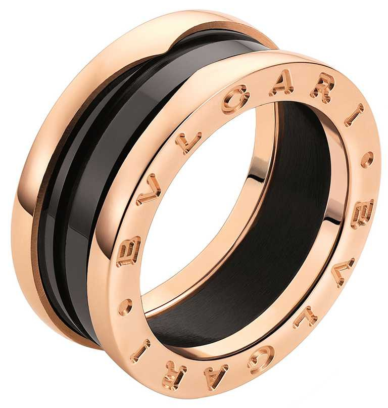 BVLGARI「B.zero1 Rock」系列,黃K金雙環鑲鑽戒指╱221,000元。(圖╱BVLGARI提供)