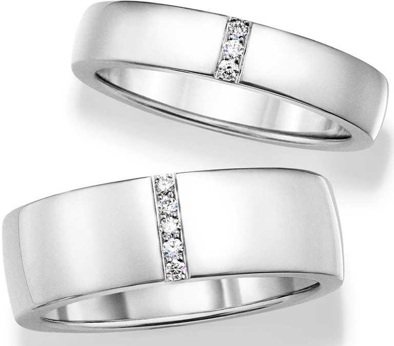 HARRY WINSTON排鑽鑽石鉑金線戒,鑲嵌3顆圓形明亮式切工鑽石,總重約0.03克拉╱價格店洽。(圖╱HARRY WINSTON提供)