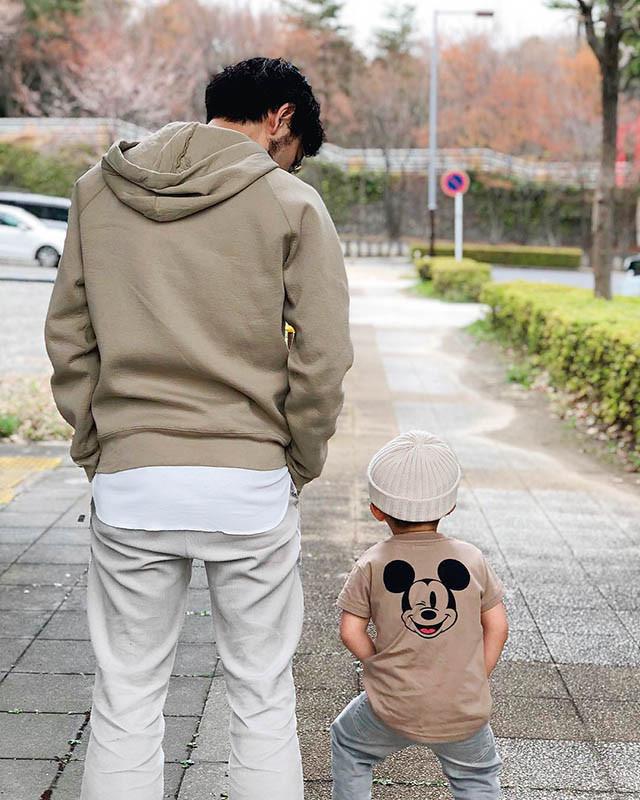 Zara 基本款連帽運動衫/1,190元