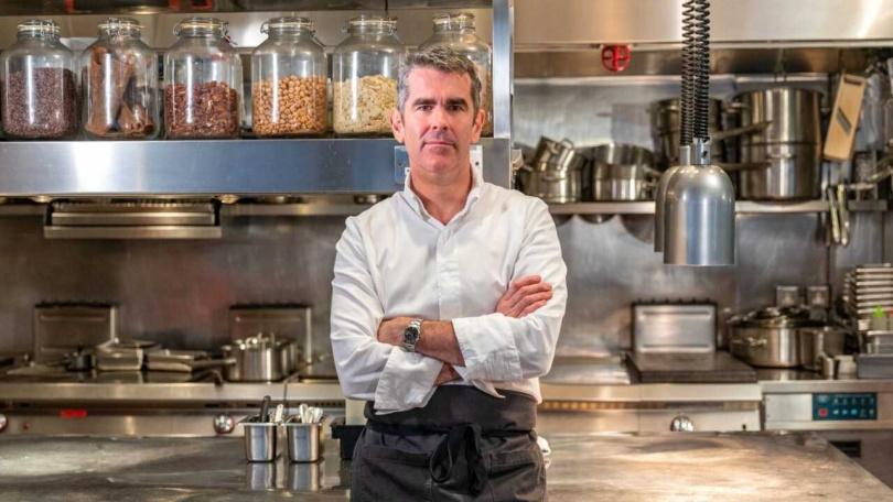 澳洲第一位獲得米其林星級殊榮的名廚Shane Osborn,目前移居香港發展美食。(圖/香港旅遊發展局提供,下同)