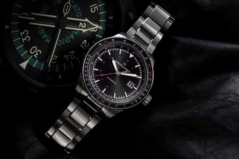 漢米爾頓「Khaki Aviation卡其飛行」系列「Converter Auto」鈦游絲抗磁腕錶,42mm╱37,500元。(圖╱HAMILTON提供)