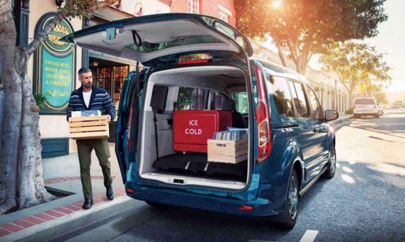 車高超過180公分的TOURNEO CONNECT,擁有超大車室空間,方便載運各種貨品。(圖/福特六和提供)