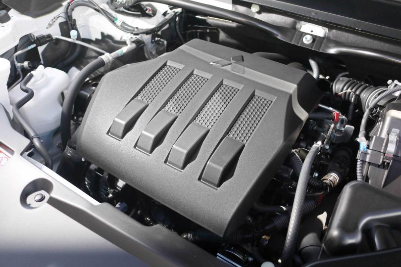 搭載 1.5升缸內直噴渦輪增壓引擎,擁有163匹馬力與25.49公斤米最大輸出。(圖/王若攝)