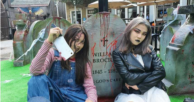 遊樂園目前推出以鬼怪惡魔裝扮入園,就能享購票優惠。(圖/六福村主題遊樂園提供)