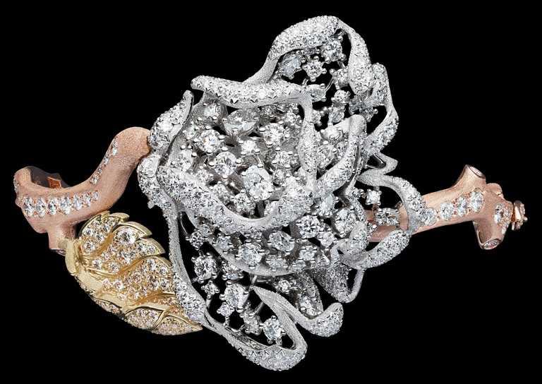 DIOR「RoseDior」系列高級珠寶,Blanc Titane鑽石手鐲╱18,500,000元。(圖╱DIOR提供)