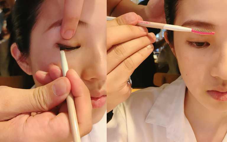 """(右)多功能眉刷結合眉粉刷以及雙面眉梳,是一款三合一眉刷。刷頭端採用仿豬鬃毛質地刷毛,堅實、彈性質感,能勾勒出俐落乾淨眉型。另一端眉刷,可協助將眉部產品自然推勻、梳理打造原生眉毛般的自然毛流感! beautyblender® """"細節控"""" 專業完美保養刷具多功能眉刷/990元(左)眼線刷是仿黃鼠狼毛感質地,搭配獨家刷毛扁平面壓制技術,令刷毛擁有恰到好處的緊緻度及彈性。beautyblender® """"細節控"""" 專業完美保養刷具眼線刷/790元(圖/黃筱婷攝影)"""