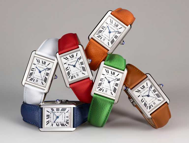 Cartier「Tank Solo系列」腕錶,可替換式錶帶╱74,500元。(圖╱Cartier提供)